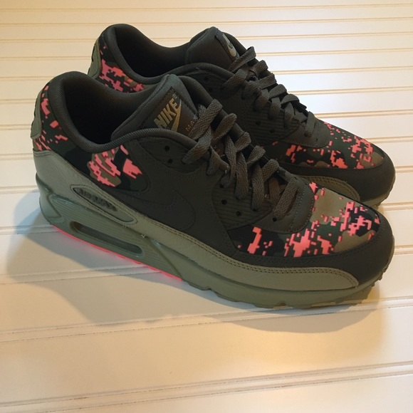 Nike Shoes | Nike Air Max Pink Camo